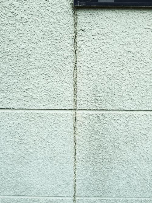 外壁のひび割れ画像|ガイソー大分